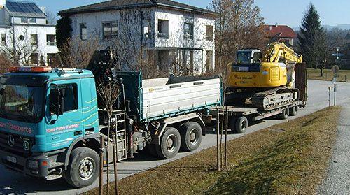 Furtner Transporte aus Lamprechtshausen bei Salzburg ist Ihr Ansprechpartner rund um Transporte, Erdbau und den Baustoffhandel.